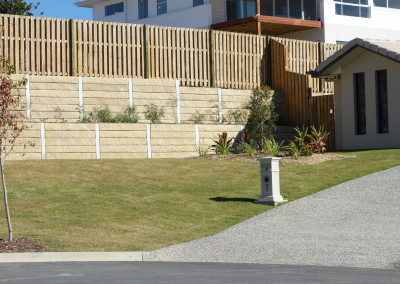 Sandstone Effect Concrete Sleepers and Galvanised Steel Posts
