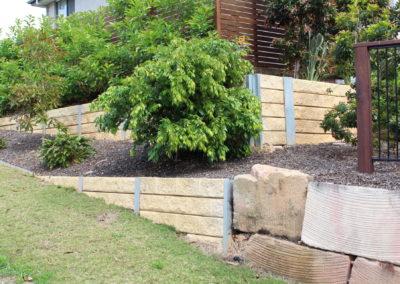 Sandstone Effect Concrete Sleepers and Galvanised Steel Posts (Esperance 1)