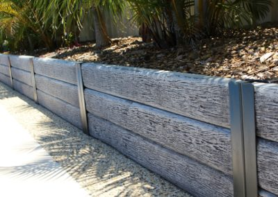 RIDGI Timberlook Gumtree Concrete Retaining
