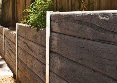 PIONEER Charcoal Timberlook and Galvanised Steel Posts